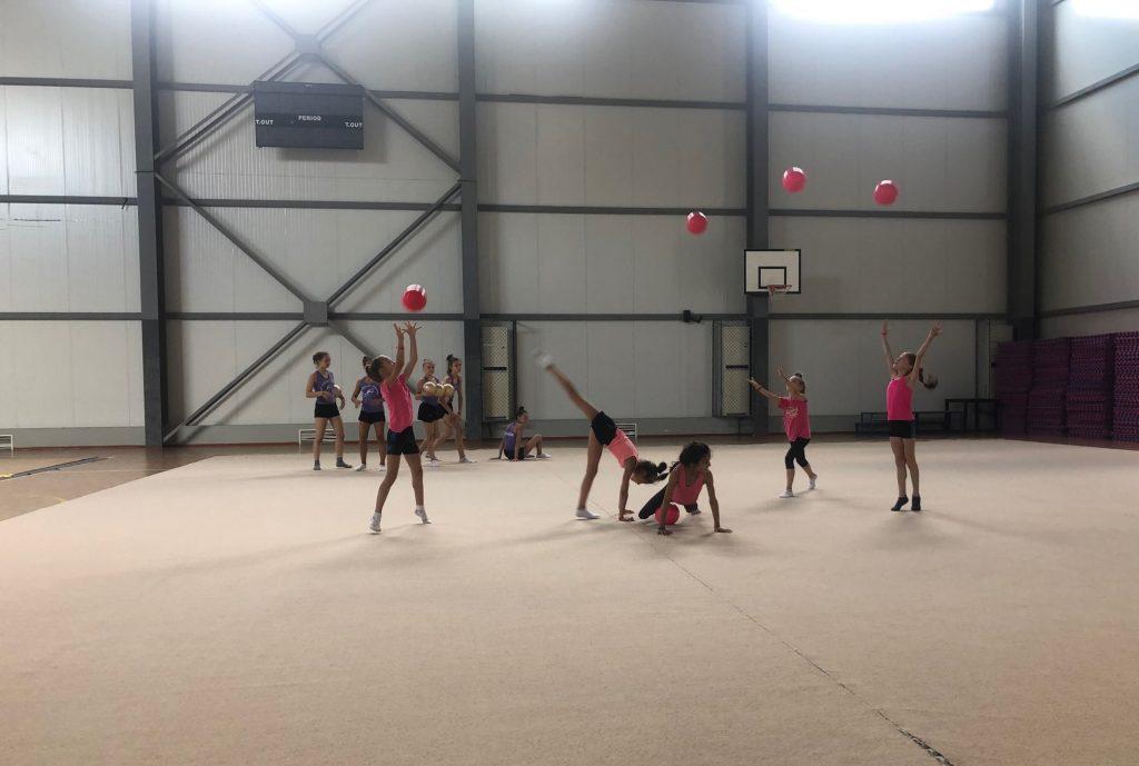 Тренировъчен лагер по художествена гимнастика