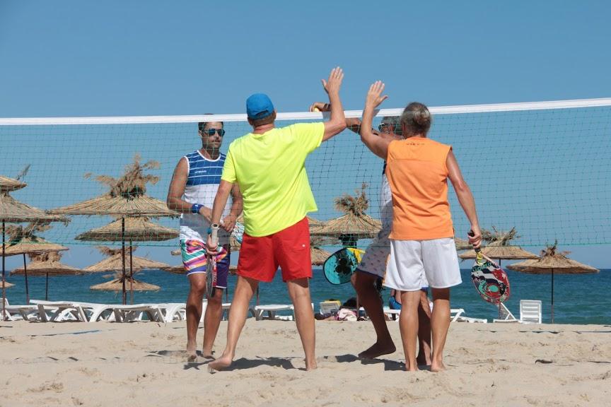 Турнир по плажен тенис